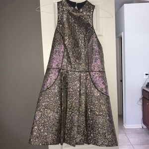 Gold metallic dress SZ 6